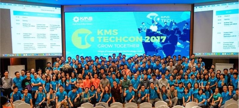 KMS Technology định hướng đẩy mạnh cung cấp dịch vụ tư vấn tạo ứng dụng di động và triển khai các giải pháp trong lĩnh vực chuyển đổi số (digital transformation), phân tích dữ liệu (data analytics); giải pháp quản lý chuỗi cung ứng được hỗ trợ bởi công nghệ AI (AI-powered Supply Chain).